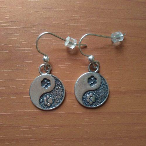 MM009 Yin Yang  Dog Paw Print Dangle Earrings